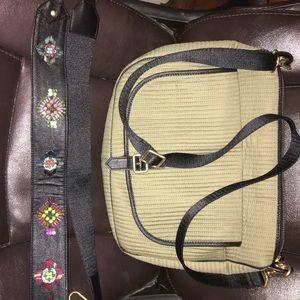 VB Carson Shoulder Bag